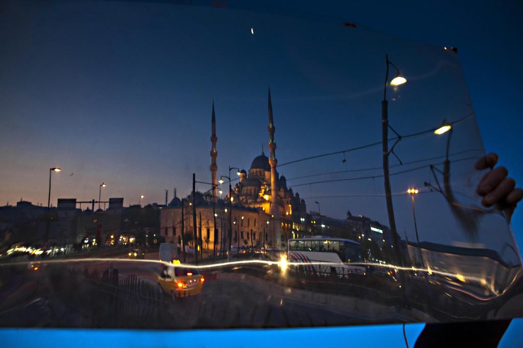 Semra-Sevin-Istanbul-GalataBridge